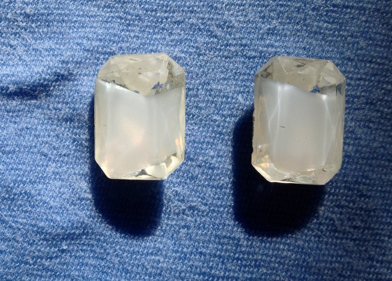Vintage German White Glass Faceted Givre Rectangular Cabochon Chaton 13 x 18 mm