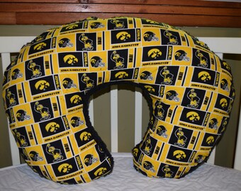 Boppy Pillow Cover m/w Iowa Hawkeyes Cotton and Black Chevron Plush Fleece Fabric