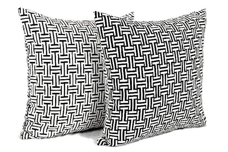 Strange Black White Lattice Throw Pillow Covers Chinoiserie Outdoor Chair Cushion Covers Indoor Pillow Covers Couch Toss Pillow Cases Reversible Beutiful Home Inspiration Xortanetmahrainfo