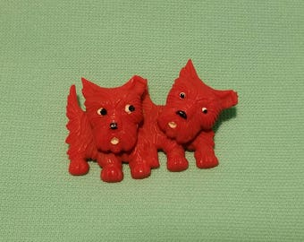 Absolutely adorable, vintage 40's 50's, red celluloid, novelty, swivel head, Scotty dog pin or brooch!