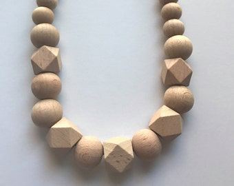 Chic New All Wood & Hexagon Necklace