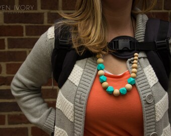 Chic Silicone Wood & Hexagon Necklace