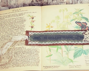 Vintage Book Spine Bookmark, Rustic Vintage Leather and Lace Bookmark, Shabby Chic Antique Book Bookmark, Gift for Her, Book Collector