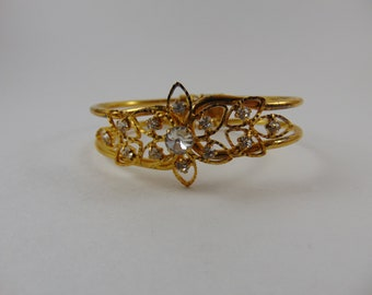 Vintage Hinged Clamper Style Gold Tone Clear Rhinestone Flower Bracelet