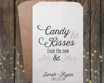 Candy and Kisses Wedding Favors, Wedding Candy Bags, Candy Buffet Bags, Personalized Candy Bags, Rustic Wedding, Popcorn Bags, Kraft #110