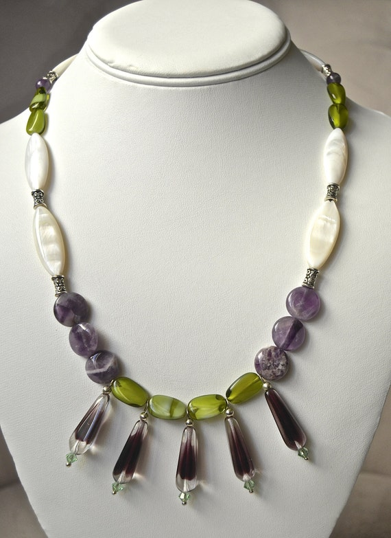 """19"""" Drop Vintage Purple and Green Necklace"""
