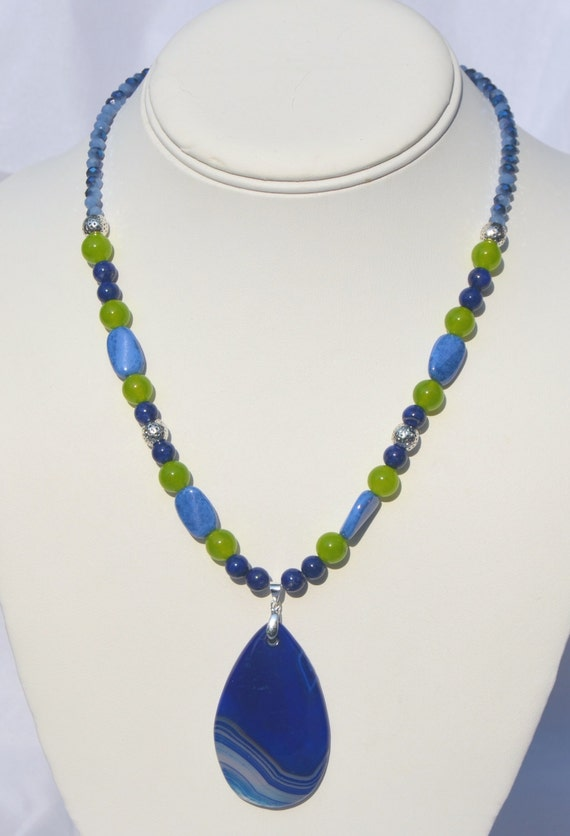 """16"""" Blue and lime necklace with blue agate pendant"""