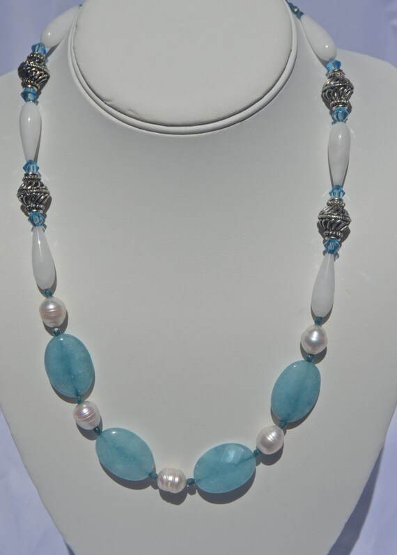"""19"""" Aquamarine and Pearl Necklace"""