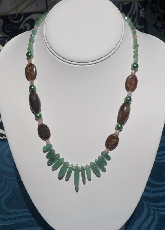 """18"""" Green Jade Drop Necklace"""
