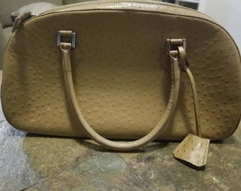 cbcbac1373a6 Very Attractive Pierre Cardin Ostrich Embossed leather handbag with lock  and key!