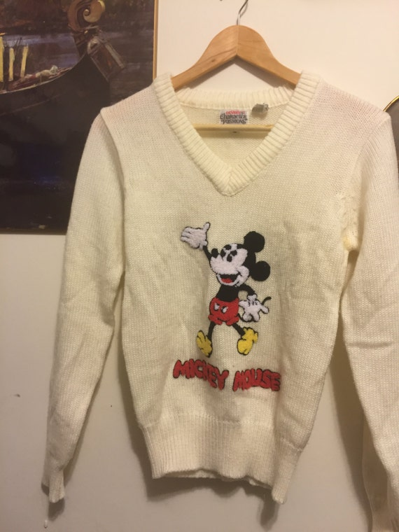 Vintage Disney, a fun novelty  Mickey Mouse Sweate