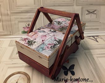 "Old small worker wooden vintage ""The flowers Roses"" N 35 old worker wooden makeup box"