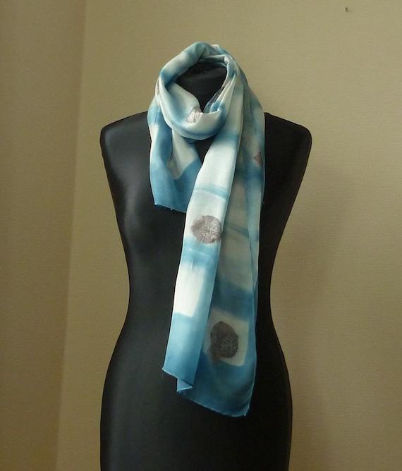 feuilles de foulard Indigo shibori écharpe eco foulard eco foulard en soie  imprimé feuilles foulard feuille écharpe botanique foulard foulard  TerraLenta 66360d58f12a