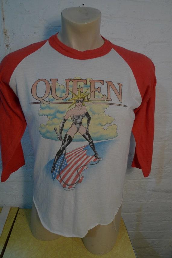 Size L (48) ** Authentic 1982 Queen Concert Shirt