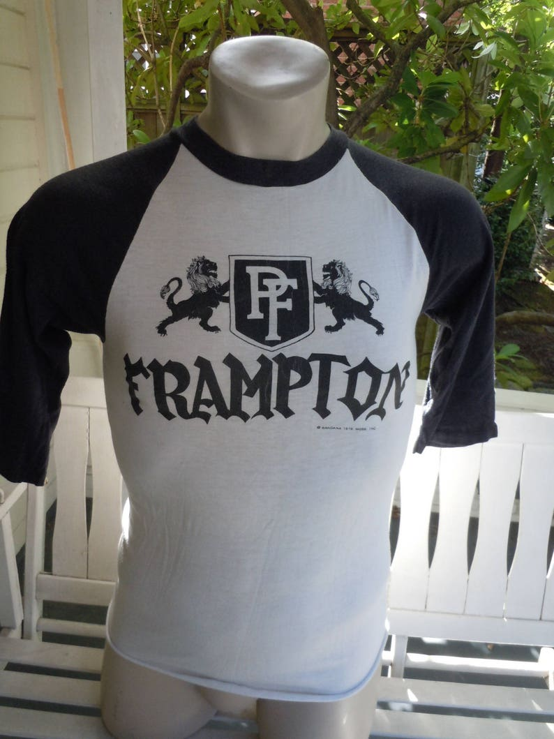 Size M- (38) ** True Vintage 1976 Peter Frampton Concert Shirt (Double  Sided)