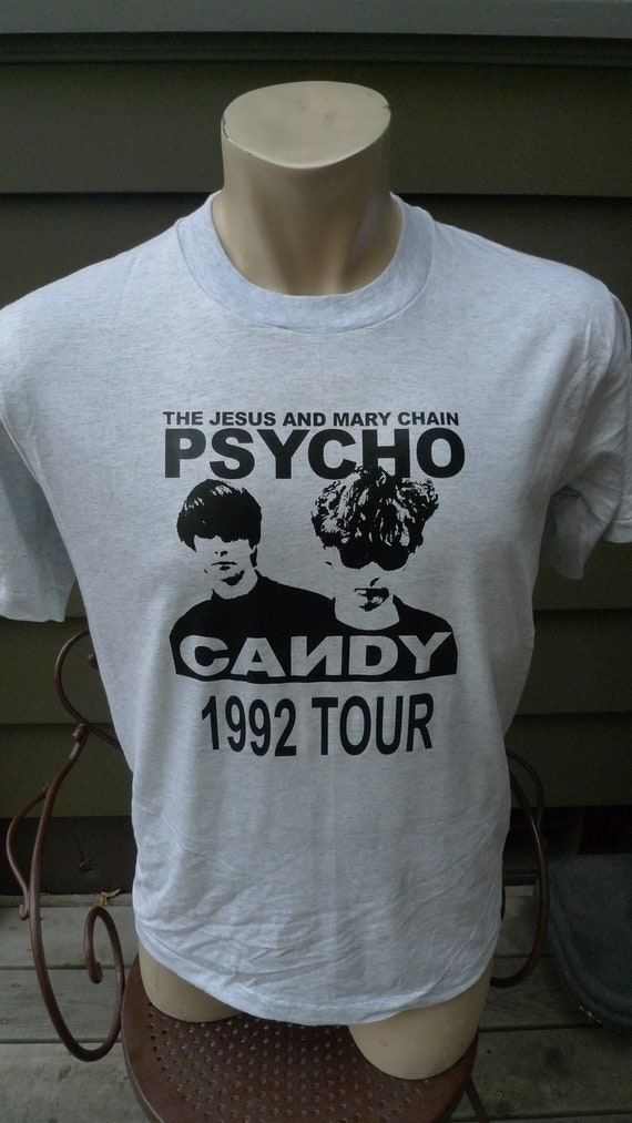 Size L (44) **  Dated 1992 The Jesus and Mary Chai