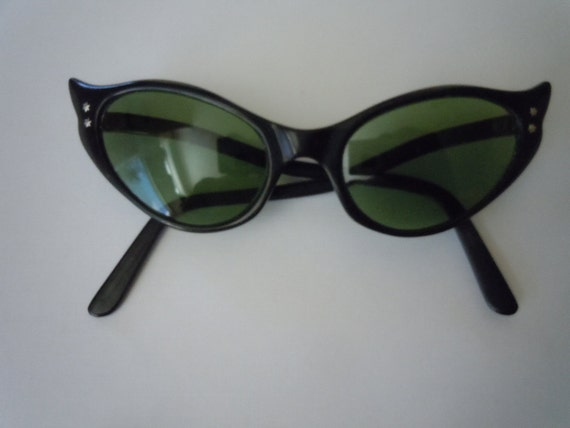 Incredible 1950s Sexy Women's Glasses