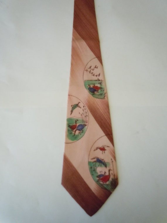Gorgeous 1940s Hand Painted Duck Tie