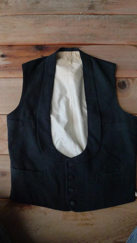 Size S (36R) ** 1910s Black Wool Waistcoat