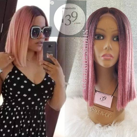 Sandra Ist Eine Schöne Pinky Pinky Poh Stumpf Geschnittene Bob Spitze Perücke Perfekt Für Alle Hauttöne