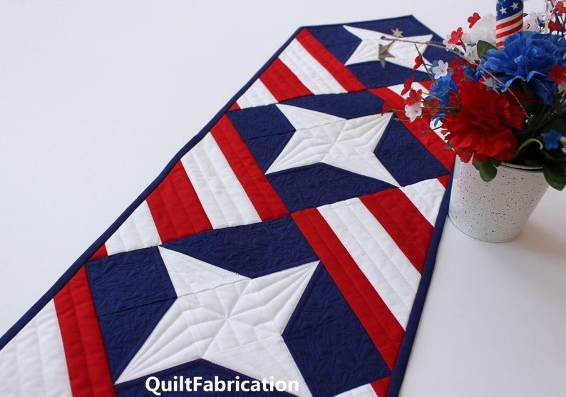 Four Star Salute Table Runner PDF Download Quilt Pattern image 0