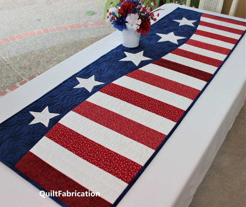 Patriotic Wave Table Runner Easy Quilt Pattern Two Size image 0