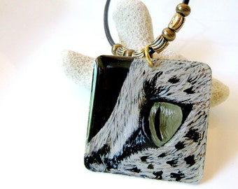 Leopard Eye Necklace, Gold Cat Necklace, Hand Painted Resin Necklace, Spotted Cat Jewelry, Cat Lover Gift, Animal Pendant, Tribal Jewelry