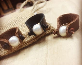 Knotted Leather and Pearl Ring