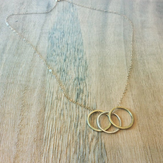 Gold Chain, Gold Filled Chain, Sister Necklace, Gold Necklace, Circle Necklace, Sister Gift, Siblings, Soldered Necklace, Hammered Circles