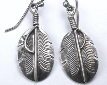 Striking Southwestern Artisan Crafted Earrings Sterling Silver Feather Drop Dangle Earrings