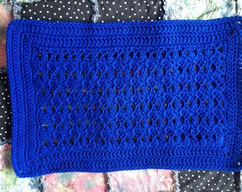 Crocheted Placemat Pattern; easy to make; yarn of choice; holiday colours