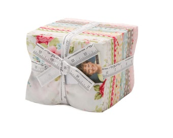 Amberley by Brenda Riddle of Acorn Quilts for Moda Fat Quarter Bundle 30 FQ
