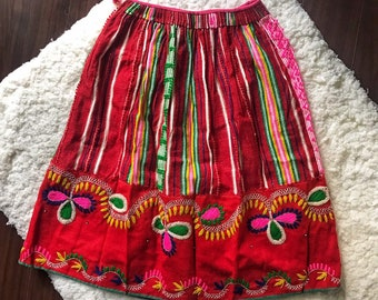 c7c0ab7564 Vintage Mexican Embroidered Skirt
