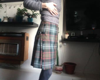 Custom made, Made to measure, made to order Tartan 100% wool ladies kilted skirt, pleated skirt, wrap skirt