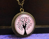 Love Tree Necklace Pink H...