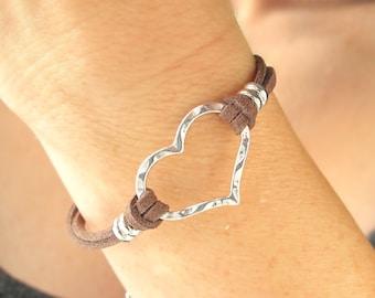 Leather Bracelets for Women-Silver Heart Bracelet-Heart Jewelry-Leather and Silver Bracelet-Heart Bracelet for Women-Leather and Silver Cuff