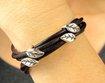 Leaf Charm Bracelet-Leather and Silver Bracelet for Women-Leather and Silver Cuff-Leather Bracelets for Woman-Leather Bracelet with Charm