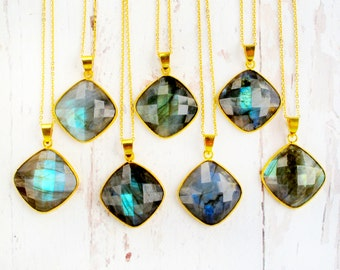 Natural Gemstone Jewelry-Mothers Day Gifts-Necklace Gift for Women-Labradorite Necklace-Gift for Mom-Labradorite Pendant Necklace-Mom Gift