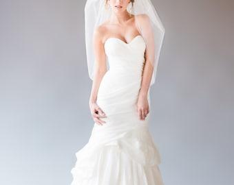 NICOLE VEIL | bubble veil, elbow length veil, short veil, wedding veil, bridal veil, white, diamond white, ivory tulle