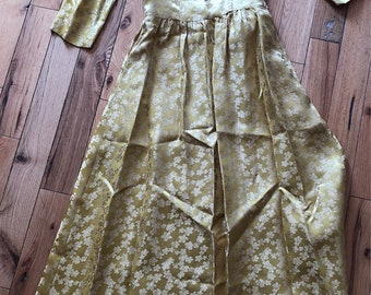 1950's Gold Silk Flower Print Gown
