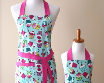 Mommy and Me Apron set Mother Daughter apron set Cup Cake apron set Turquoise Pink Matching Apron Set