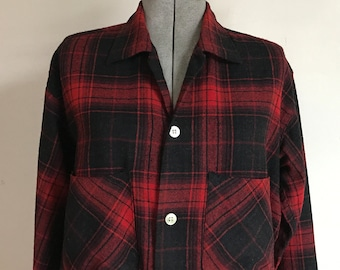 1950s Zero King Sports Apparel Red Plaid Jacket Fitted Waist Cuffed Sleeves Pockets Inside and Out Zip Front S M FEnwPvWZ
