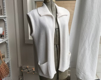 Vintage 1970s Montgomery Ward White Acrylic Sweater Vest Cardigan with collar and pockets