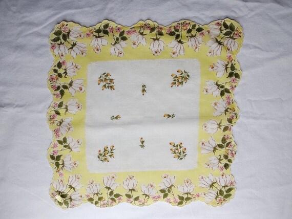 vintage set of 4 tulip print handkerchiefs - image 3