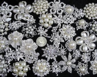 Lot 40pcs Crystal Rhinestone Brooch Pins Wedding Brooch Bouquet Brooch  Wedding Gift Decor Invitation Embellishment Supplies Wholesale Brooch cb3e0057b5cf