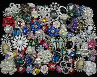 Mixed Lot 100 Crystal Rhinestone Brooch Pin Button Decor Embellishment Rhinestone Bridal Applique Bridal Wedding Bouquet Brooch