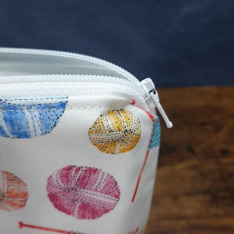 Handle 1-2 Skein or Project Bag Wedge Bag Knitting Project Bag Zipper