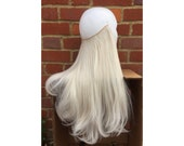 HALO hair extensions, fli...