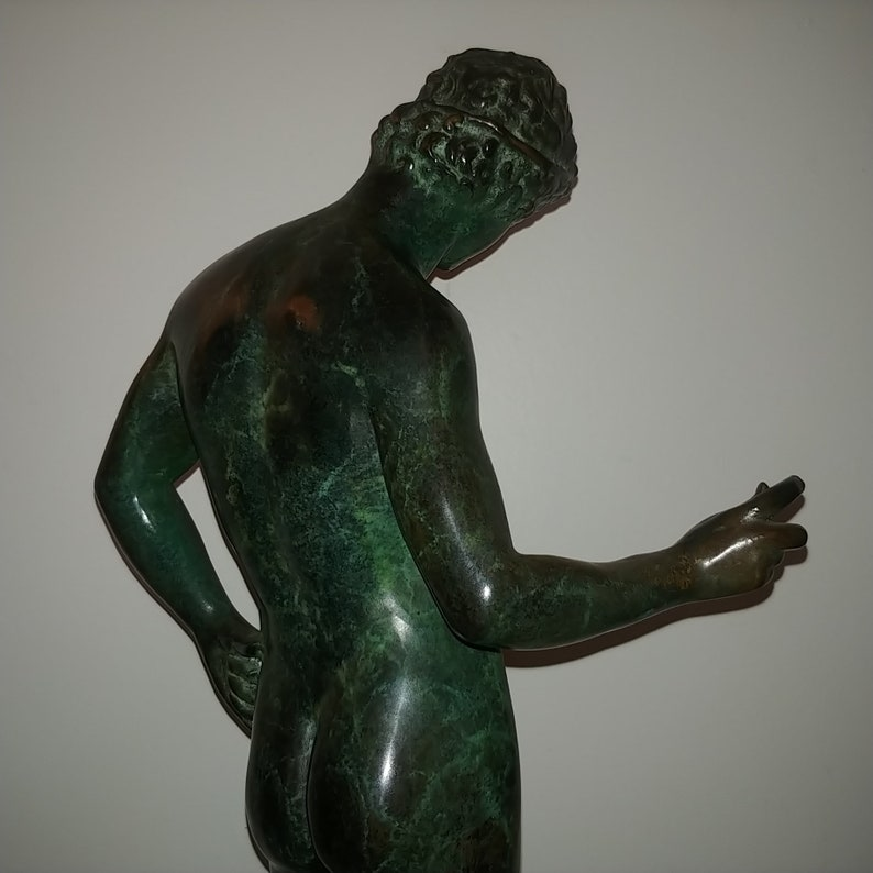 Nude Male Gay Interest Bodybuilder Muscular Bronze