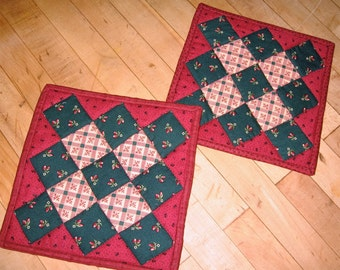 Kitchen Pot Holders Primitive Decor, Country Decor, Teachers Gift, Shower Gift, Quilted Hot Pads, Table Mats,  Homemade, Made in Maine